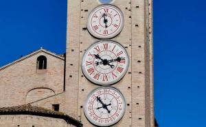 torre_orologi_tolentino1